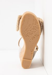 RAS - High heeled sandals - fuffy sand/kiddy gold - 6