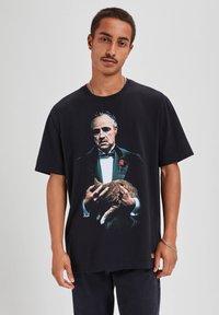 "PULL&BEAR - ""DER PATE"" - T-shirts print - black - 0"