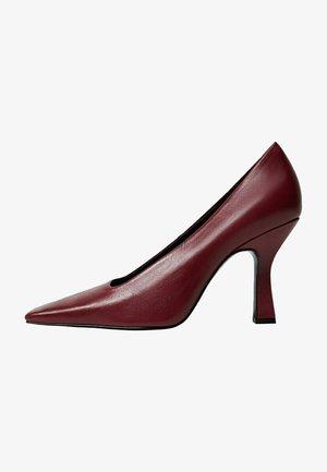 REBECA - Classic heels - kirschrot