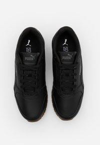 Puma - ST RUNNER V2 FULL UNISEX - Sneakersy niskie - black/castlerock/white - 5