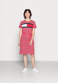 Tommy Hilfiger - ABO REGULAR T-SHIRT DRESS - Jersey dress - classic brenton/primary red - 1