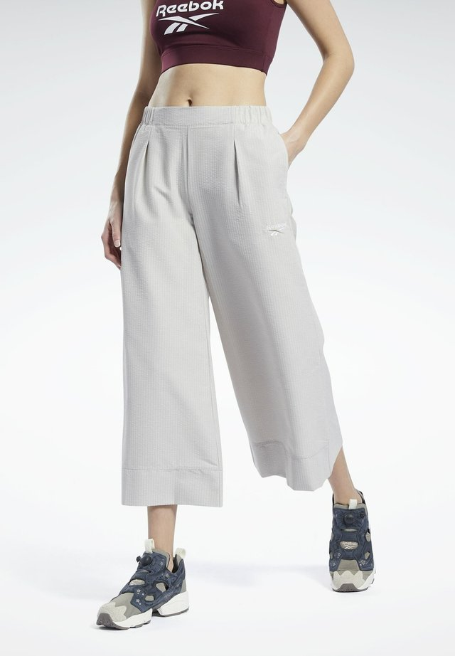 CLASSICS - Pantaloni - grey