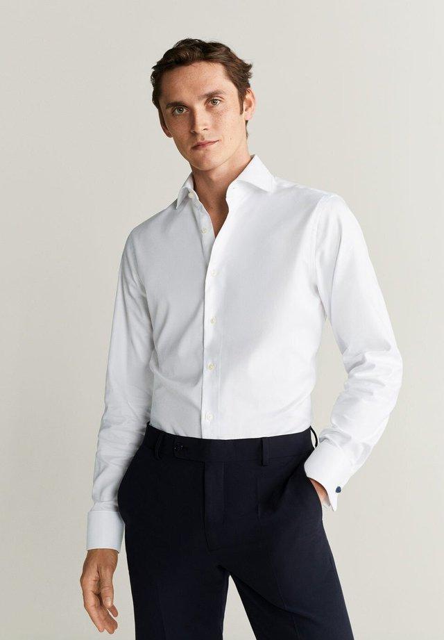 MASNOU - Finskjorte - white