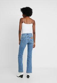 Wrangler - Flared Jeans - blue noise - 2