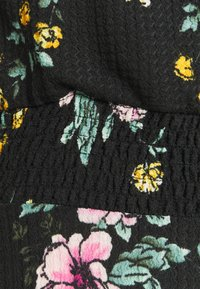 ONLY Tall - ONLZILLE FIXED SMOCK DRESS - Kjole - black - 5