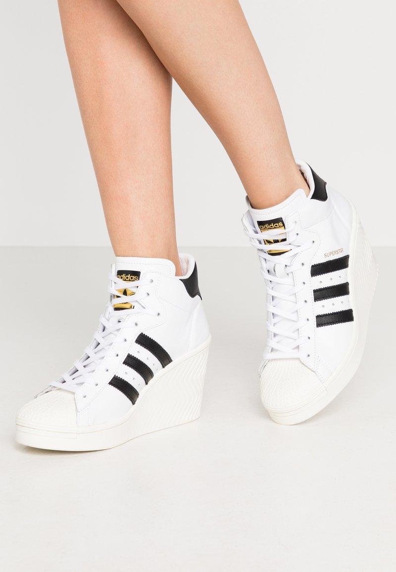 adidas Originals - SUPERSTAR ELLURE - High-top trainers - footwear white/core black/offwhite