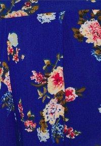 Vila - VIMESA - Shorts - mazarine blue/red - 2