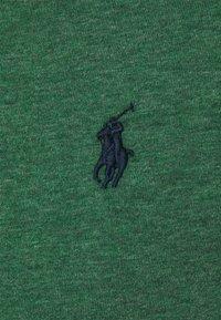 Polo Ralph Lauren - CUSTOM SLIM FIT JERSEY CREWNECK T-SHIRT - Basic T-shirt - verano green heather - 2