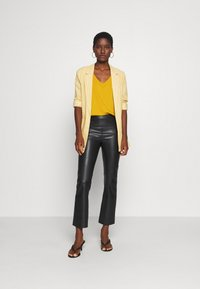 Anna Field - Basic T-shirt - golden yellow - 1