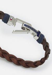 Tommy Hilfiger - FLAT BRAIDED BRACELET - Bracelet - brown/silver - 1