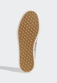 adidas Originals - 3MC SHOES - Joggesko - purple - 5