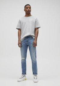 PULL&BEAR - Slim fit jeans - royal blue - 1