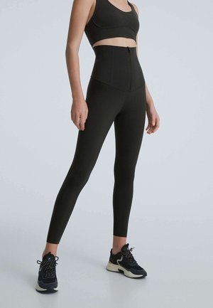 EXTRA HIGH-RISE WAIST CONTROL COMPRESSIVE - Leggings - black