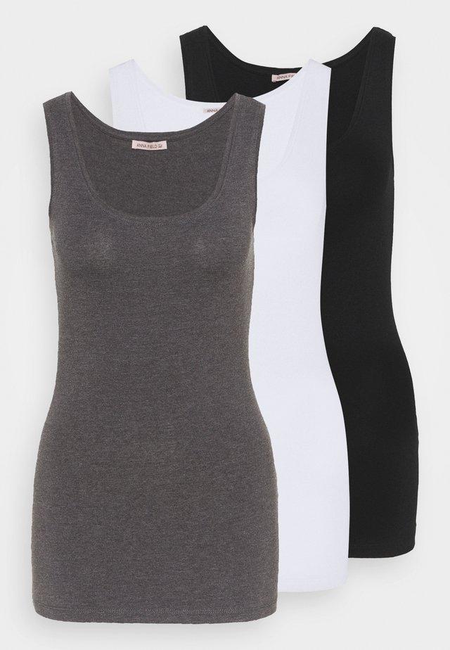 Top - black/white/mottled grey