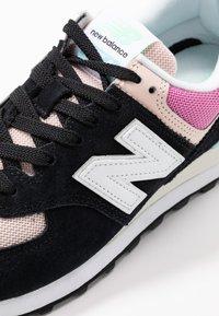 New Balance - WL574 - Zapatillas - black/pink - 2