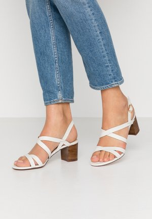 LEATHER SANDALS - Sandály - white