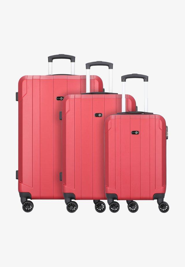 3 PIECES - Set de valises - red