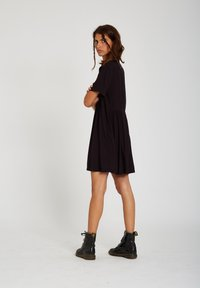 Volcom - THATS MY TYPE SS DRESS - Shirt dress - black - 4