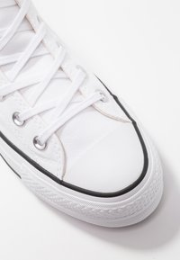 Converse - CHUCK TAYLOR ALL STAR LIFT - Høye joggesko - white/black