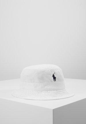 BUCKET HAT - Chapeau - white