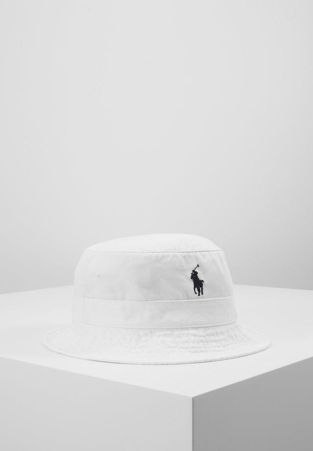 BUCKET HAT - Hut - white