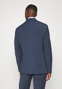 Isaac Dewhirst - PLAIN SMOKEY SUIT - Completo - blue - 3