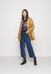 Gina Tricot - ELLEN TEE  - Print T-shirt - black - 1