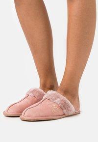 Laura Biagiotti Roma - Slippers - pink - 0