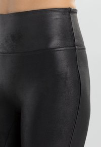 Spanx - FASHION - Legíny - black - 3