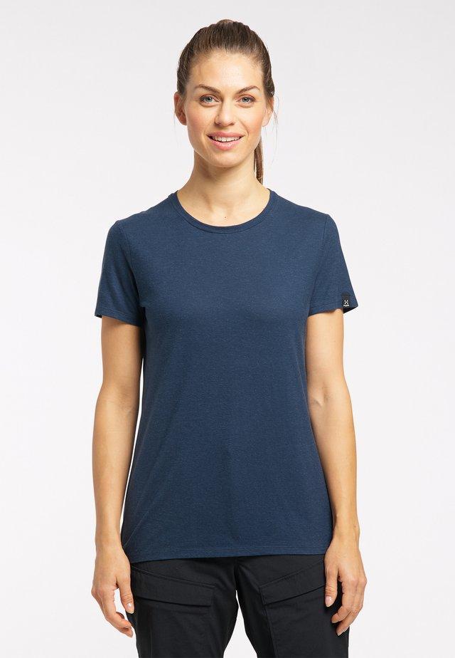 Basic T-shirt - tarn blue