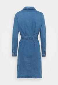 ONLY Tall - ONLCOLUMBIA LIFE DRESS - Denim dress - medium blue denim - 1