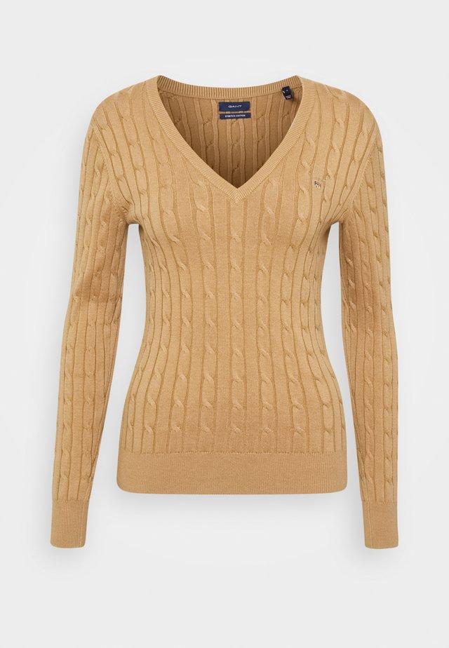 STRETCH CABLE V NECK - Maglione - beige