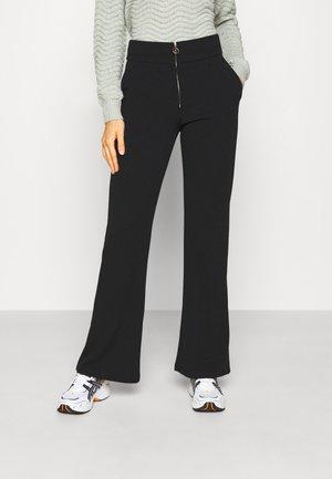 YASVICTORIA ZIP WIDE PANT - Trousers - black