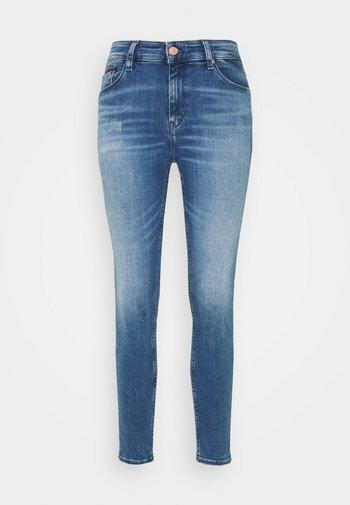 SHAPE SKINNY - Jeans Skinny Fit - dyn quincy
