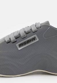 MISBHV - MOON TRAINER UNISEX - Tenisky - grey - 5