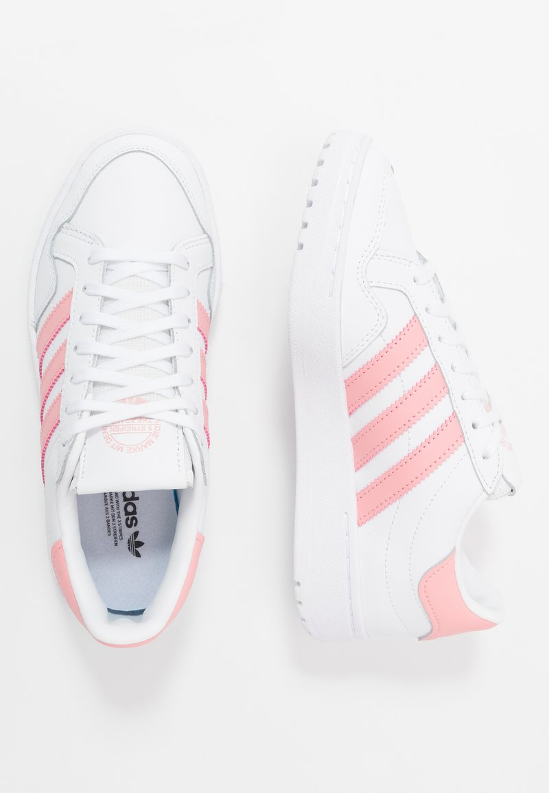 adidas Originals - TEAM COURT  - Trainers - footwear white/glow pink/core black