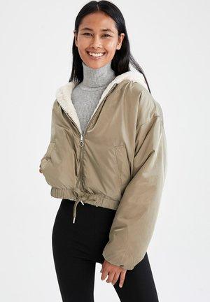 RELAX FIT - Light jacket - khaki