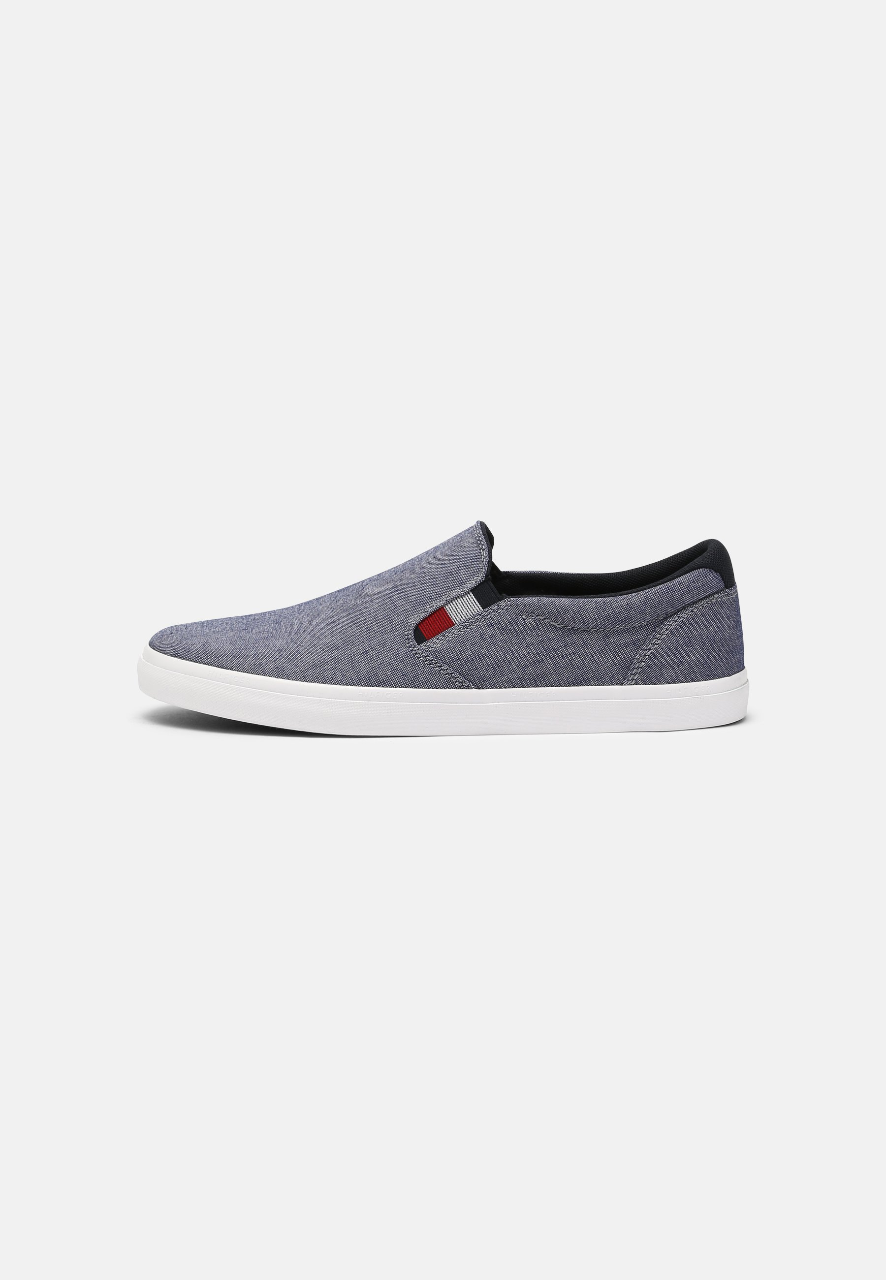Men ESSENTIAL CHAMBRAY VULC - Trainers