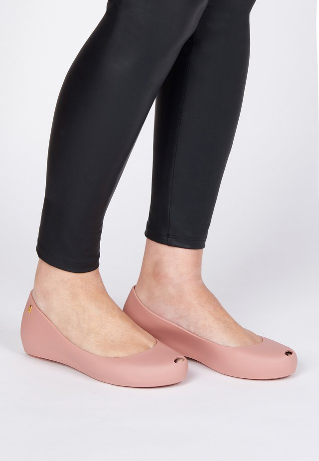 Ballet pumps - pink/beige