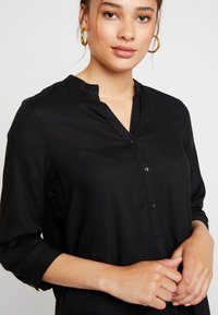 ONLY - ONLNEWFIRST TUNIC - Tunic - black - 5