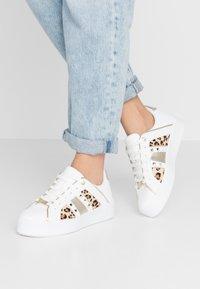 River Island - Sneakersy niskie - white - 0