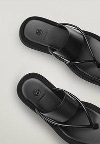 Massimo Dutti - LIMITED EDITION - T-bar sandals - black - 6