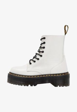 JADON - Platform ankle boots - white