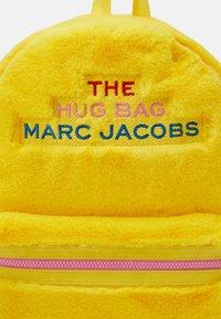 The Marc Jacobs - UNISEX - Rucksack - yellow - 3