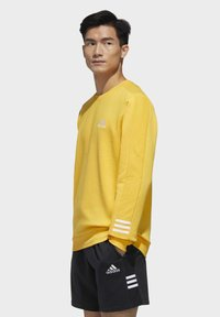 adidas Performance - ESSENTIALS TRAINING SPORTS PULLOVER - Mikina - active gold/white - 3