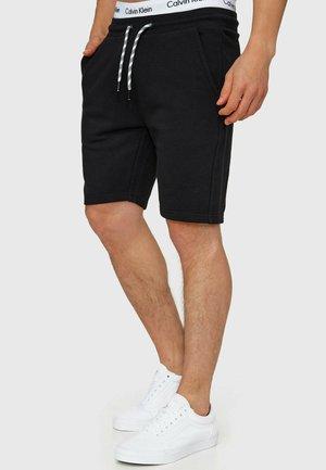 Yates - Shorts - black