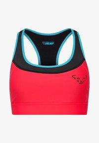 Dynafit - REACT BRA - Reggiseno sportivo con sostegno medio - fluo pink - 5