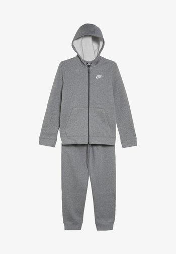 CORE SET - Trainingspak - carbon heather/dark grey/white