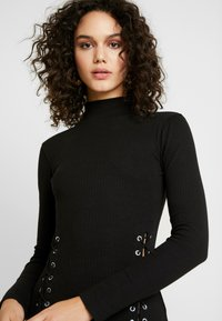 Missguided - HIGH NECK EYELET MIDAXI DRESS - Tubino - black