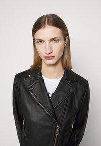 Pinko - SENSIBILE CHIODO - Leather jacket - black - 4